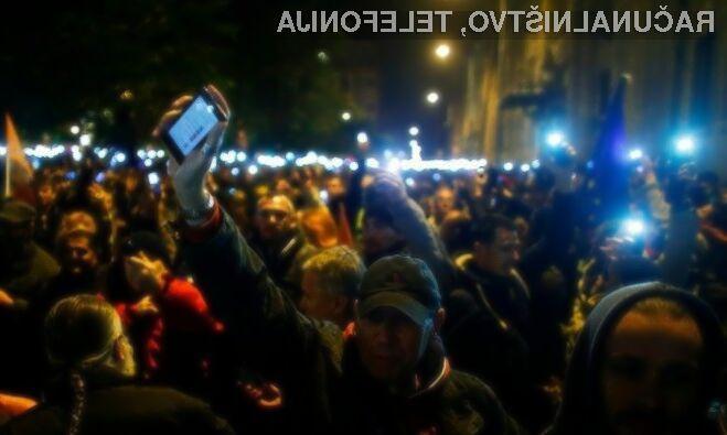 Madžari z množičnimi protesti preprečili davek na prenos podatkov