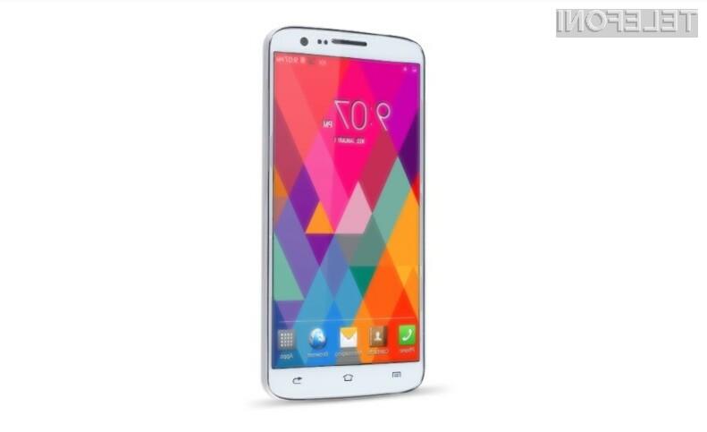 Pametni mobilni telefon KingSing S2 je relativno poceni vsaj glede na to, kar ponuja.