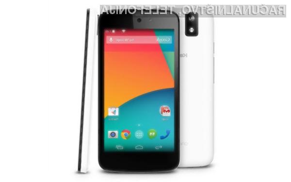 Karbonn Sparkle V s platformo Android One je primeren za manj zahtevne uporabnike in novince na področju mobilne telefonije.
