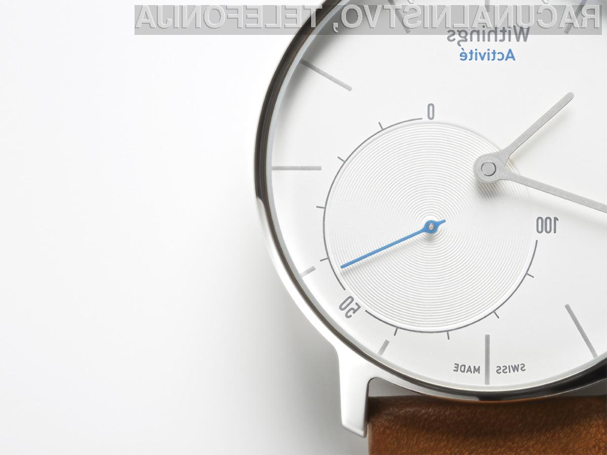 Pametna ročna ura Activité podjetja Withings sodobno tehnologijo združuje s klasično obliko.