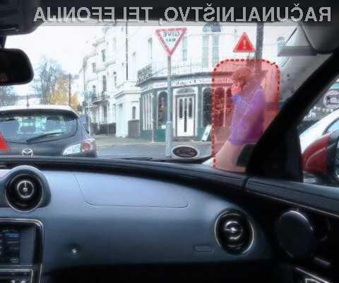 Pametni zasloni naj bi pripomogli k večji varnosti tako voznikov kot drugih udeležencev v prometu.