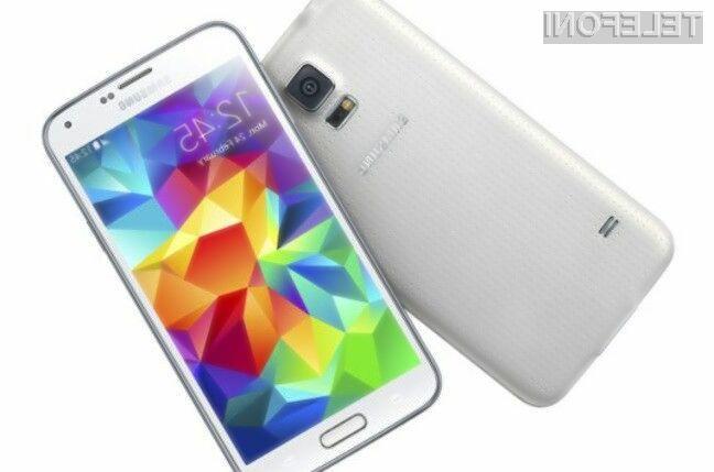 Najboljši pametni mobilni telefon leta 2014 je po mnenju uporabnikov storitev mobilne telefonije Samsung Galaxy S5.