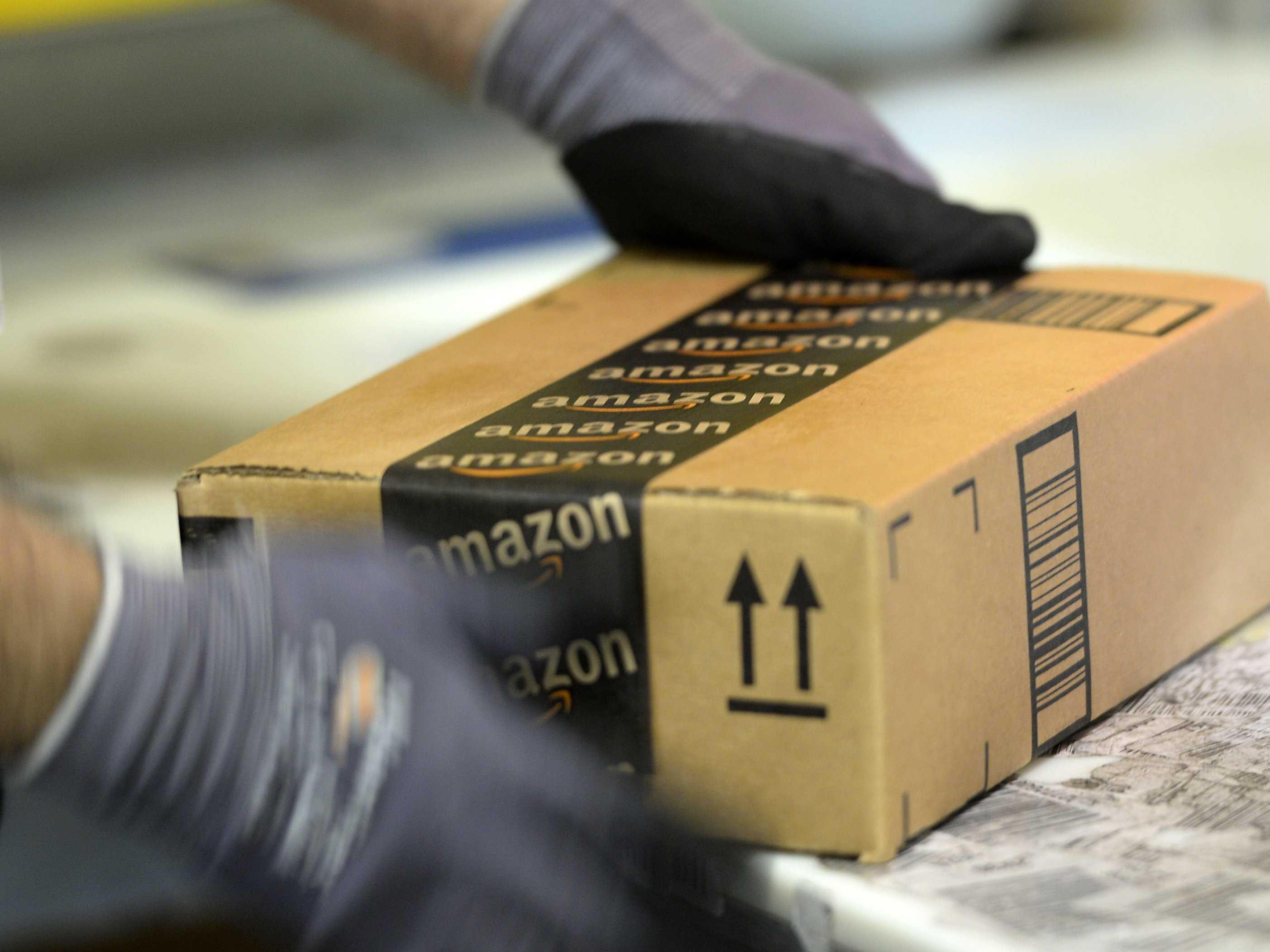 Britanski spletni strani podjetja Amazon je neljuba programska napaka povzročila vrsto nevšečnosti!
