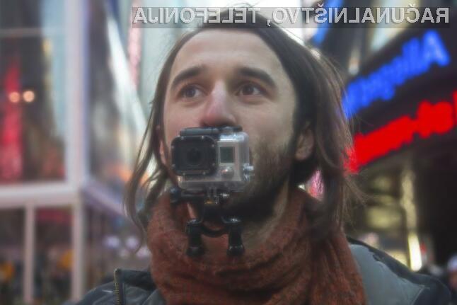 Tresenje kamere med snemanje omogoča prepoznavo snemalca