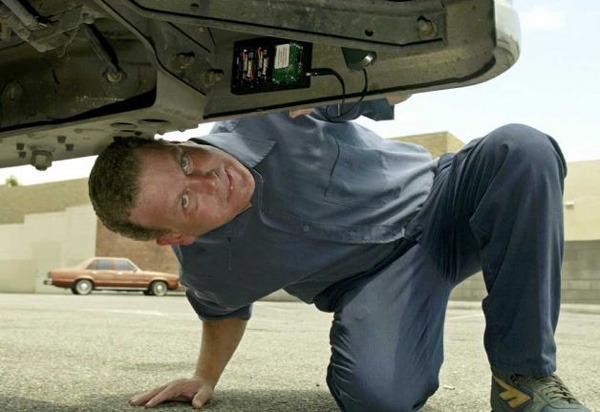 Pravni nasveti: GPS sledenje službenim vozilom