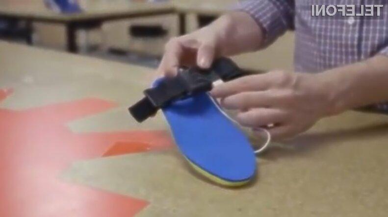 Mobilne naprave bomo kmalu lahko napolnili kar z baterijo, vgrajeno v čevlju!