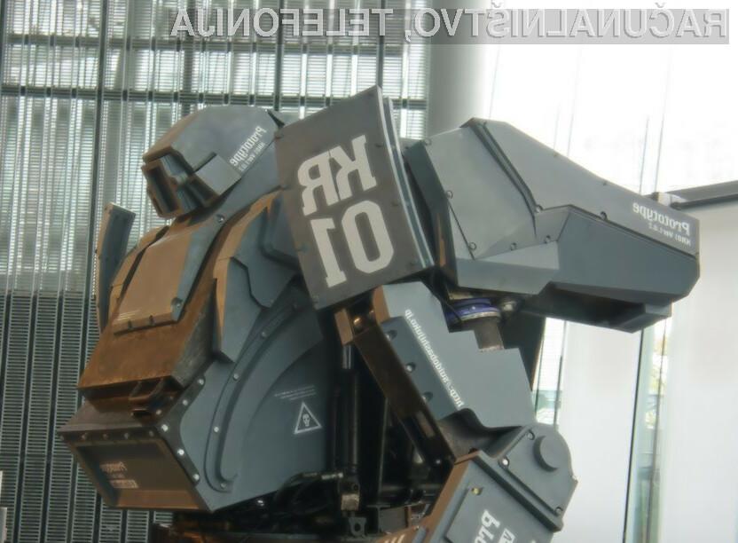 Robota višine 3,8 metra in teže petih ton je zdaj mogoče kupiti na svetovnem spletu.