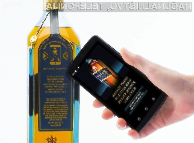 Pametna nalepka bo kupcem alkoholne pijače Johnnie Walker Blue Label posredovala raznovrstne informacije.