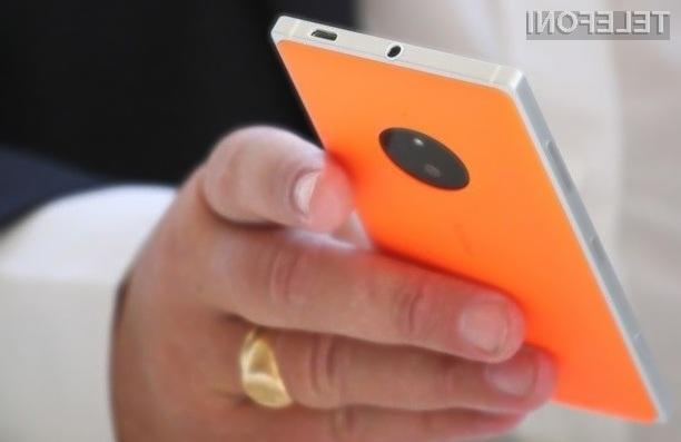 Novi pametni mobilni telefon Lumia 840 podjetja Microsoft naj bi bil naprodaj še pred poletjem.