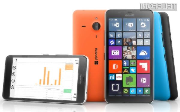 Nokia naj bi se s svojimi mobiniki vrnila čez dobro leto dni!