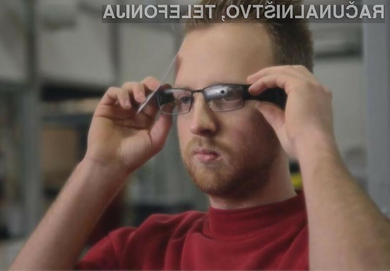 Delavci v skladiščih naj bi kmalu prejeli lastna pametna očala.