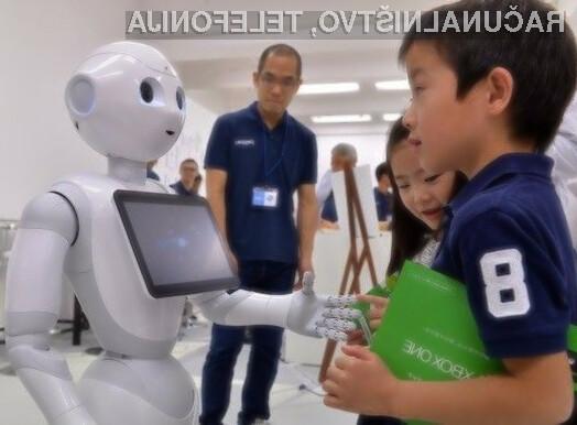 Človeški robot SoftBank Pepper je brez težav prepričal Japonce.