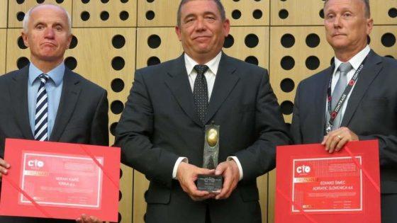 Nagrada za posebne dosežke na področju informatike Juriju Bertoku iz javne uprave.