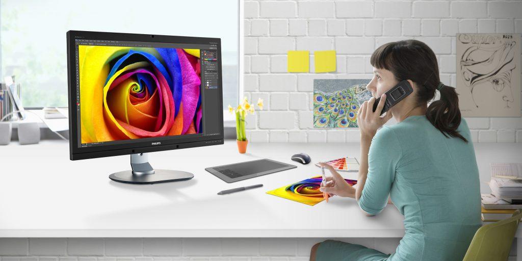 Philipsov monitor 272P4APJKHB z Adobe RGB-tehnologijo zagotavlja barvno usklajenost za profesionalce