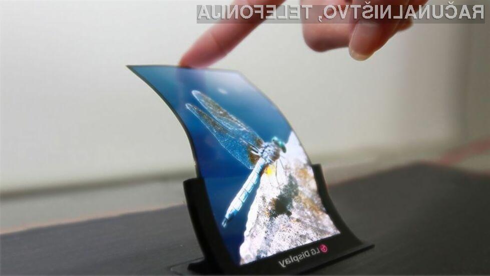 Prvi serijsko izdelani upogljivi zasloni LG Display bi lahko luč sveta ugledali že v teku naslednjega leta.