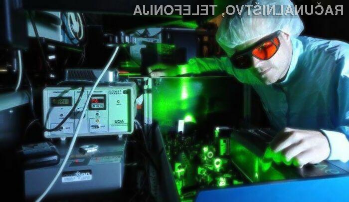 Prenos podatkov z uporabo svetlobe poteka veliko hitreje kot pa z uporabo elektrike.