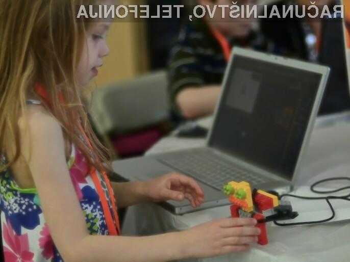 Visoka tehnologija vse bolj prodira v šolske klopi osnovnih šol po vsem svetu.
