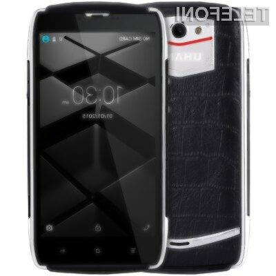 Pametni mobilni telefon UHANS U200 je kljub nizki ceni videti naravnost fantastično.