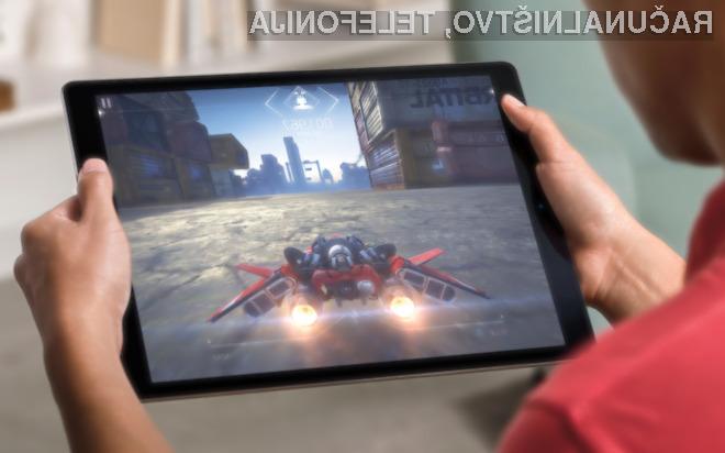 Podjetje Apple polaga velike upe na gigantsko tablico iPad Pro!