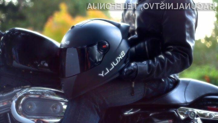 Pametna čelada Skully AR-1 bo sodobnim motoristom zagotovo v veliko pomoč.