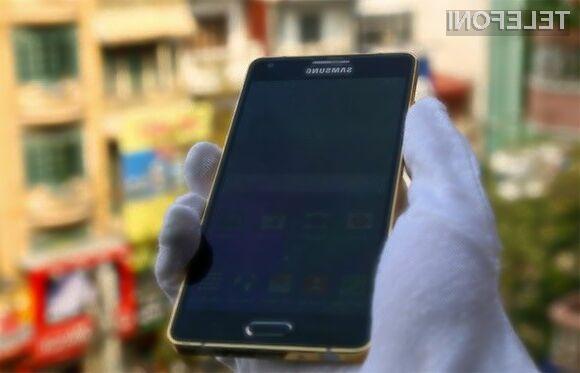 Prenovljena mobilnika Galaxy A3 in Galaxy A5 naj bi bila naprodaj še pred koncem letošnjega leta.