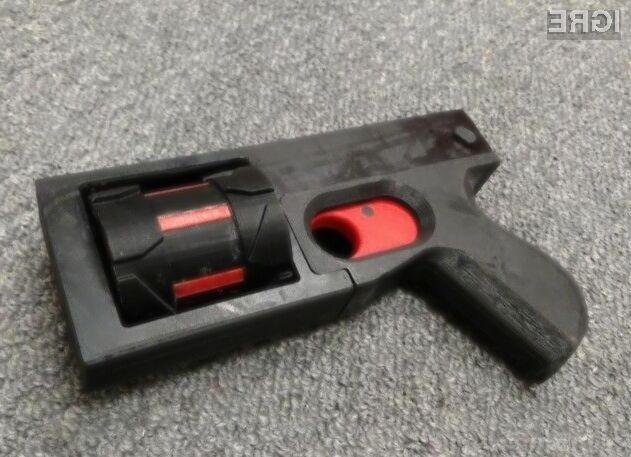 Orožje zaradi 3D tiskalnikov postaja vse bolj dostopno običajnim smrtnikom!