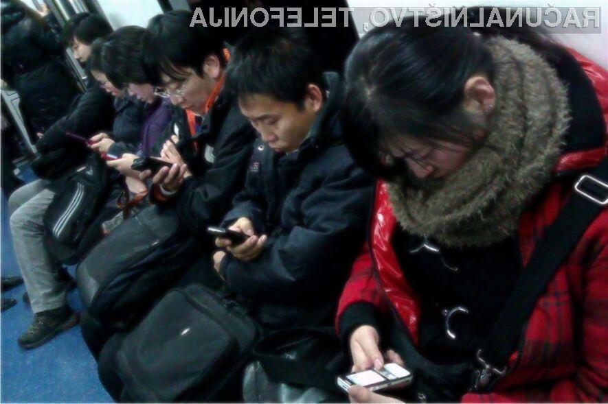 Mobilno telefonijo uporablja že več kot 95 odstotkov Kitajcev!
