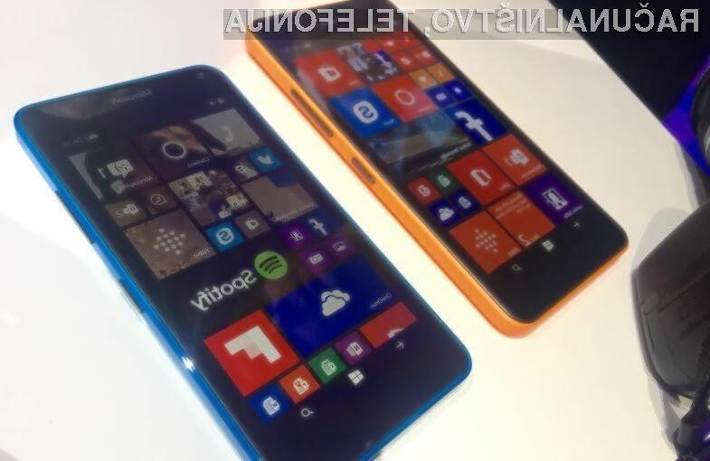Prvi mobilnik Microsoft Surface naj bi na prodajne police prispel v drugi polovici 2016.