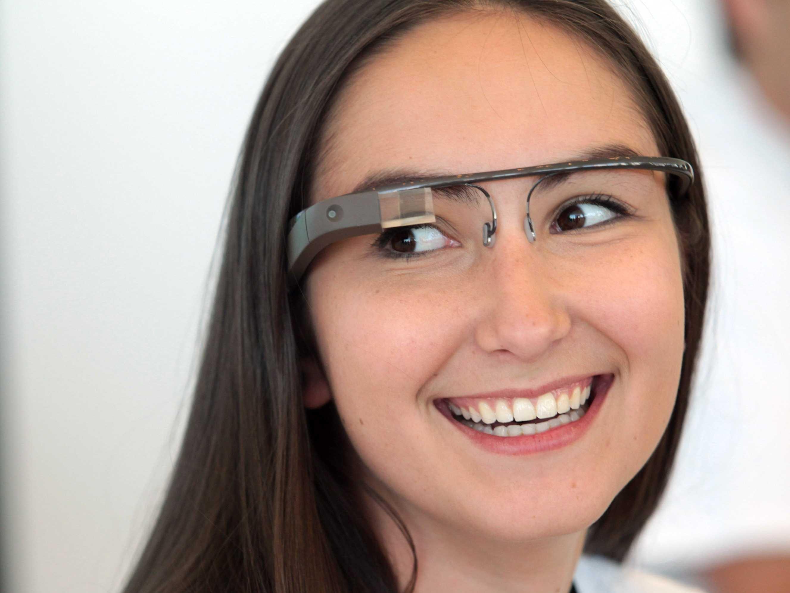 Nova oblika za večpredstavnostna očala Google Glass