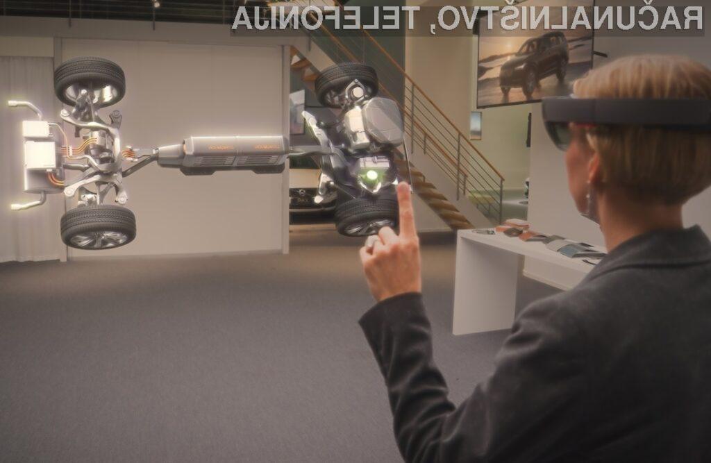 Microsoft HoloLens prinesel revolucijo na delovna mesta