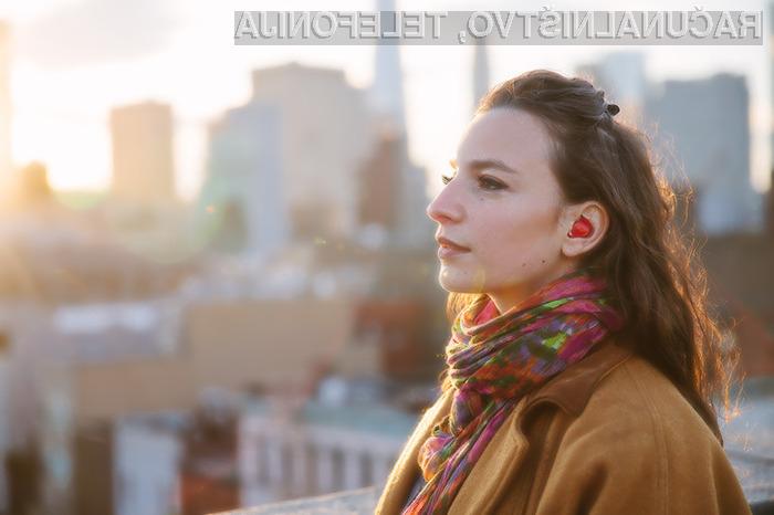 Brezžične slušalke The Pilot bodo za vedno spremenile način komunikacije z ljudmi v nam nepoznanem jeziku.