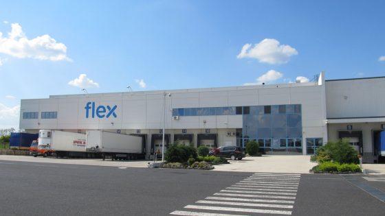 Lenovo tovarna Flex