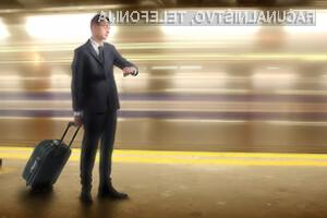 20 milijonov potnikov zamuja vlak ali avtobus zaradi mobitela – Kaj pa vi?