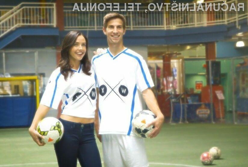 Pametna majica nogometnim navijačem prinaša »četrto dimenzijo« za boljše doživljanje nogometa.
