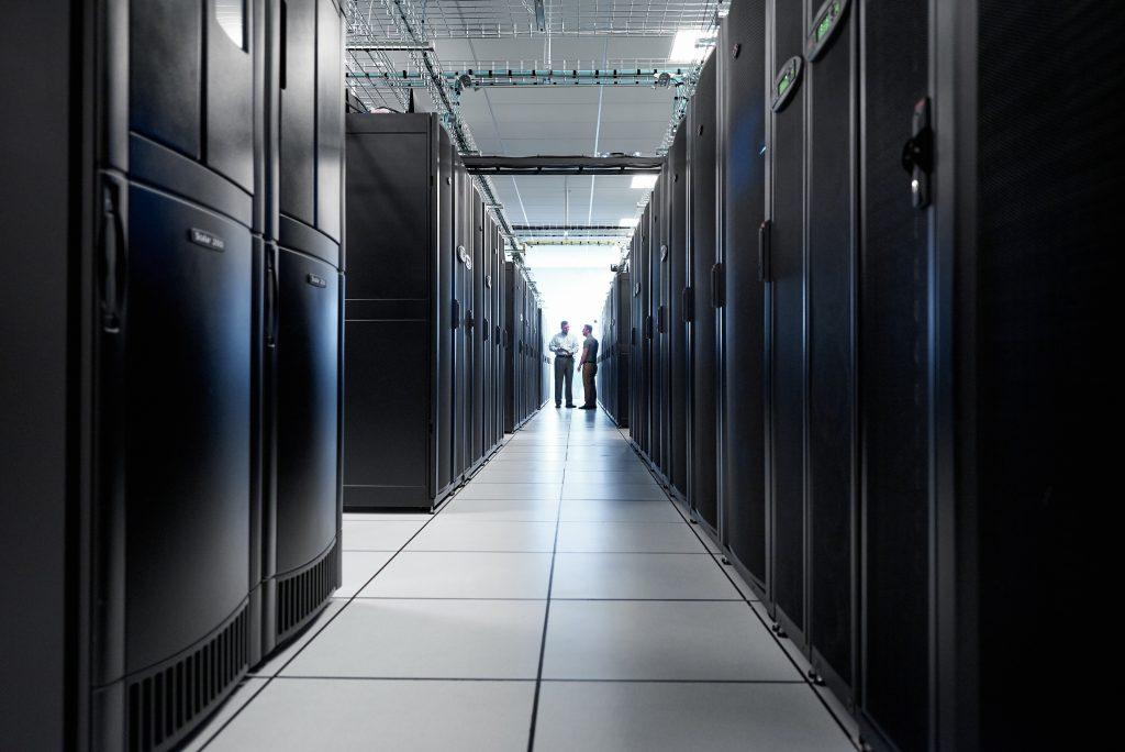 Programska oprema, ki izboljšuje upravljanje podatkovnih centrov