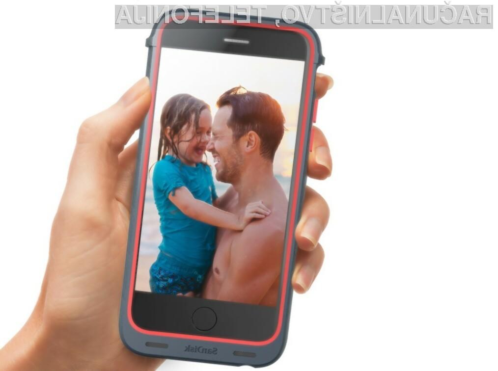 Z zaščitnim etuijem SanDisk iXpand Memory Case lahko povečamo pomnilnik iPhona za do 128 gigabajtov.