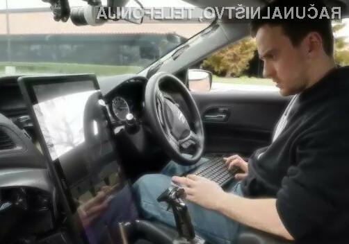 Kmalu naj bi bilo mogoče prav vsak avtomobil spremeniti v samovozečega!