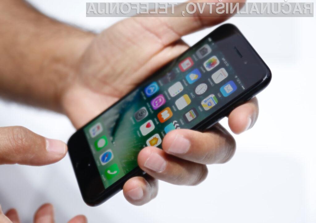 Mobilna telefona iPhone 7 žal ne prinašata kakšnih revolucionarnih sprememb.