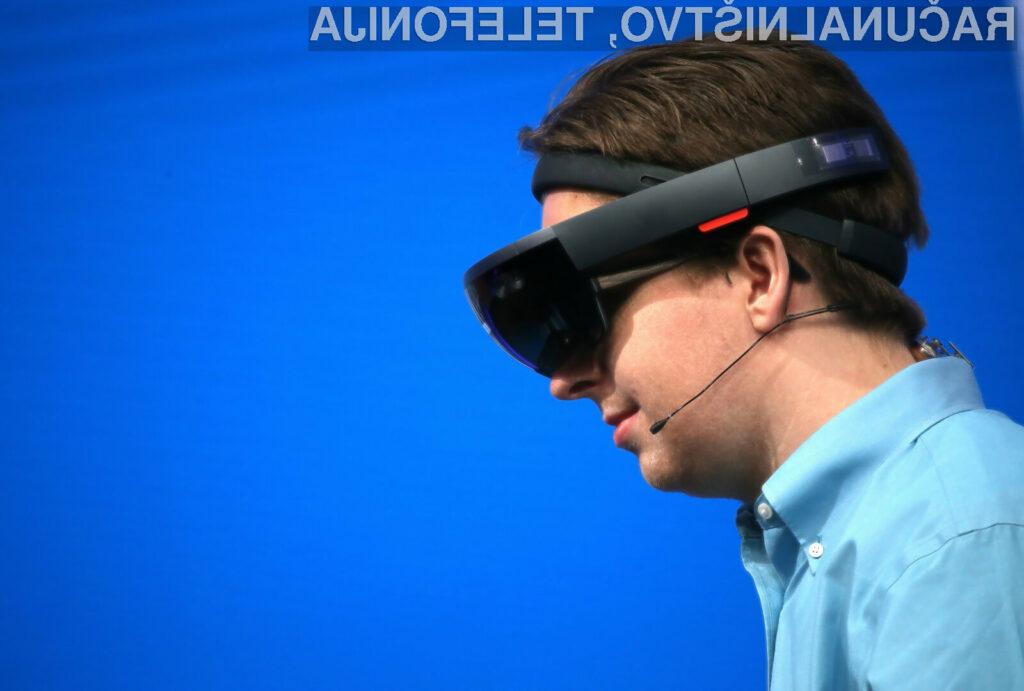Microsoft HoloLens je precej dražji od primerljivih rešitev.