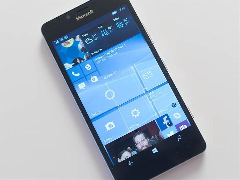 Mobilni operacijski sistem Windows Mobile 10 je po vsej verjetnosti obsojen na propad!