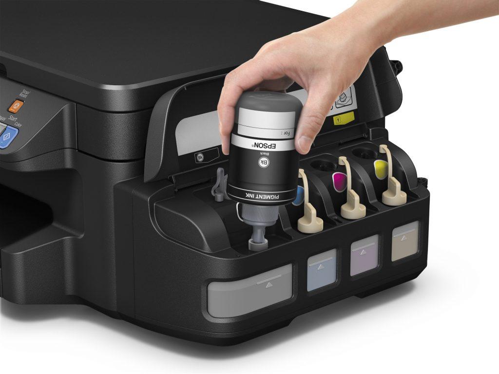 Poslovite se od kartuš: Epson predstavil tiskalnike z vgrajenimi posodami za črnilo