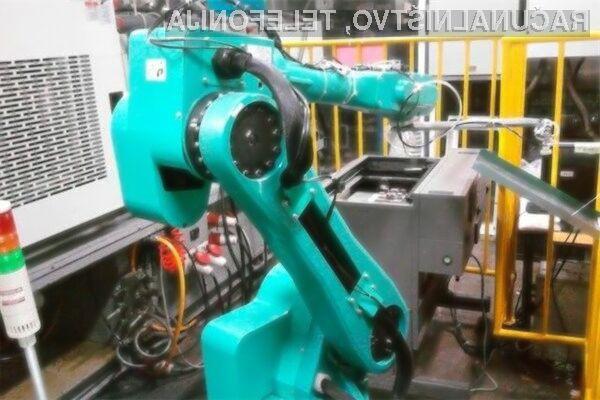 Foxconn bo že v nekaj letih več kot polovico zaposlenih nadomestil z roboti.