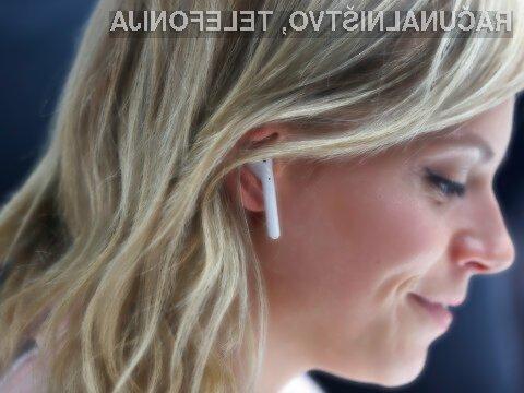 Kupci bodo brezžične slušalke Apple AirPods verjetno prejeli šele po novem letu.