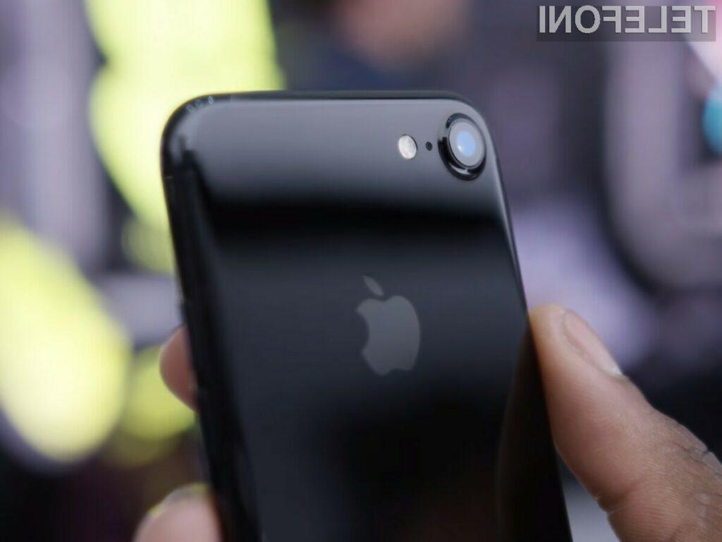 Ohišje telefona iPhone 7 Jet Black je pravi magnet za praske.