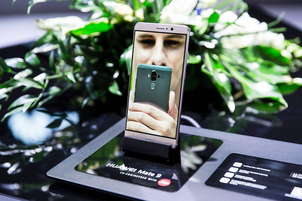 Huawei med najboljšimi na CES-u