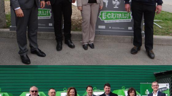 Nova Gorica in Ajdovščina gostili predajo novih uličnih zbiralnikov