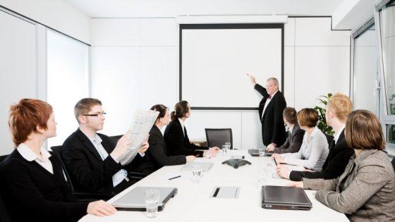 5 načinov, kako lahko upravljanje dokumentov pomaga pri izboljšanju poslovanja