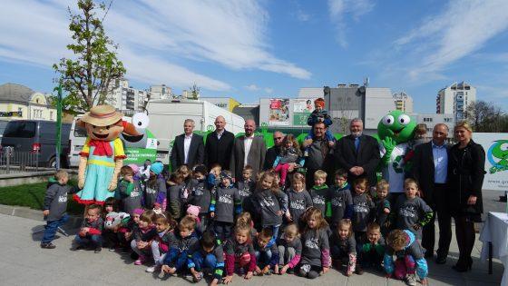 Občina Domžale in okoliške občine prejele 16 novih uličnih zbiralnikov