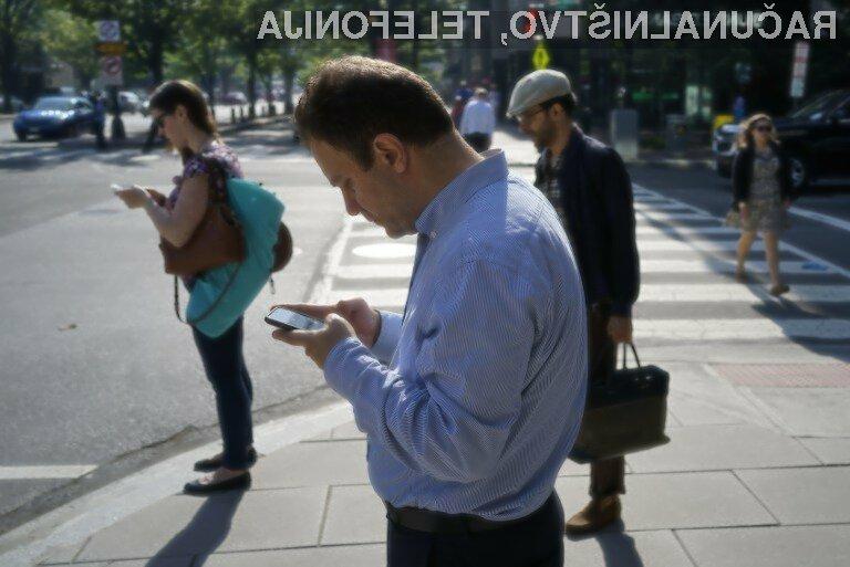 Ljudje smo vedno bolj odvisni od pametnih telefonov!