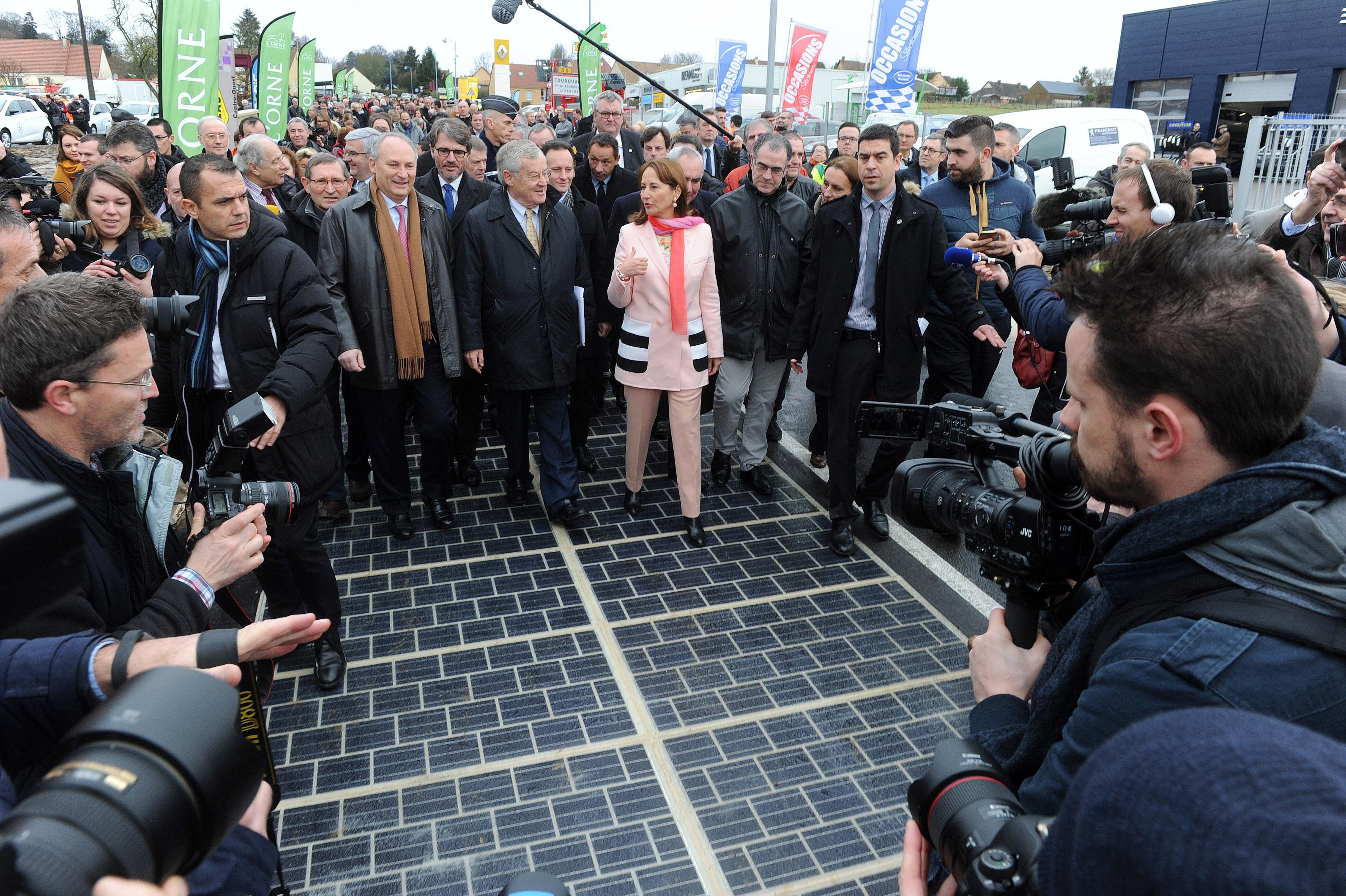 Prva solarna cesta je postala resničnost!